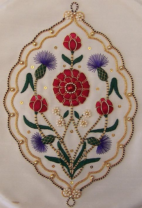 Motif Floral Cannetille Et Perle Httpgoldnstitchestypepad