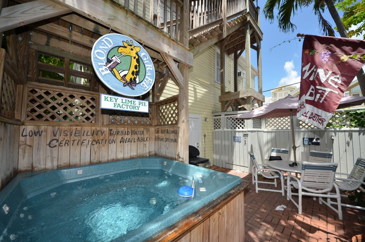 rent seaport suite nightly key west vacation rental key west rh pinterest com