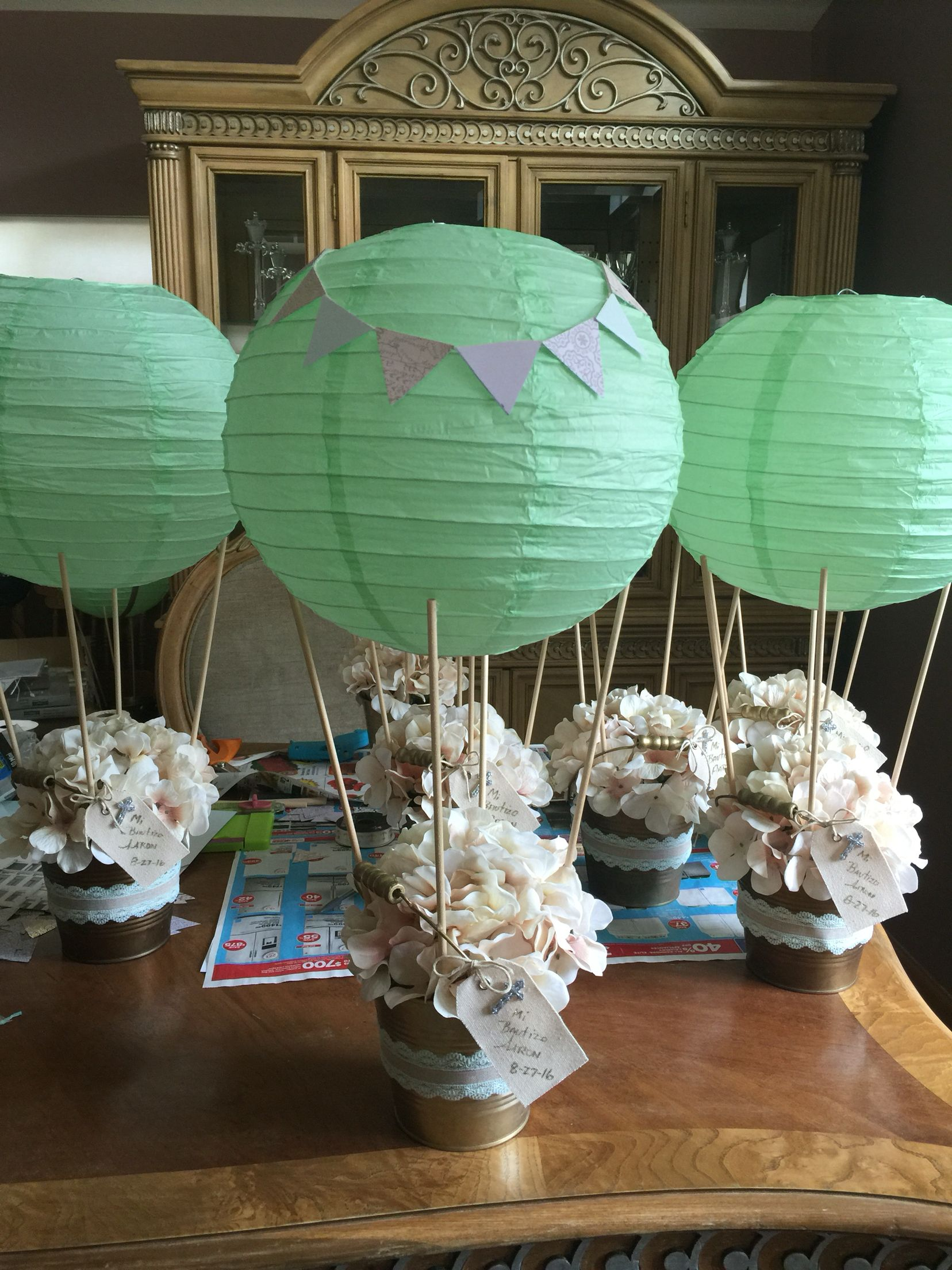 air balloons for centerpieces cowboy boot centerpiece in 2019 rh pinterest com