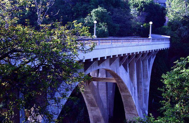 Colorado Street Bridge at Dusk, Pasadena | Claudette via Flickr