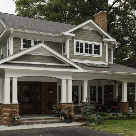Hiding A Roof Raise Brick Exterior House Red Brick House Exterior Red Brick House