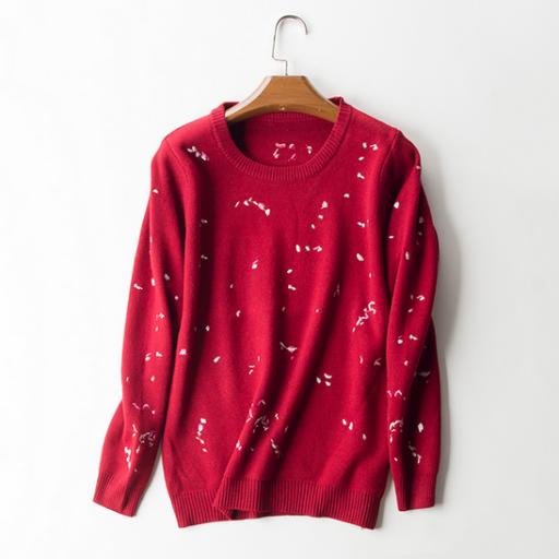 بلوزة صوف شتوية كم طويل بلوزة مطرزة بأشكال صغيرة مع فتحة رقبة دائرية البلوزة كحلي اللون متوفرة ايضا بلون عن Embroidery Blouse Fashion Pullover