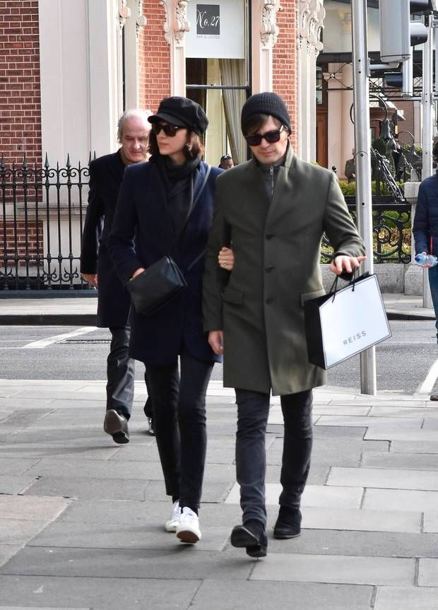 Actress Caitriona Balfe spotted with fiancée Tony McGill ...