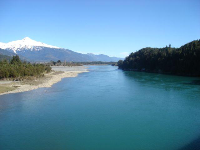 Rio Puelo.(Chile)