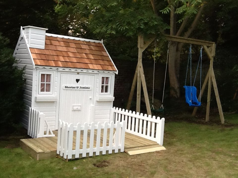 white playhouse with cute picket fencing cottage playhouses in rh pinterest com
