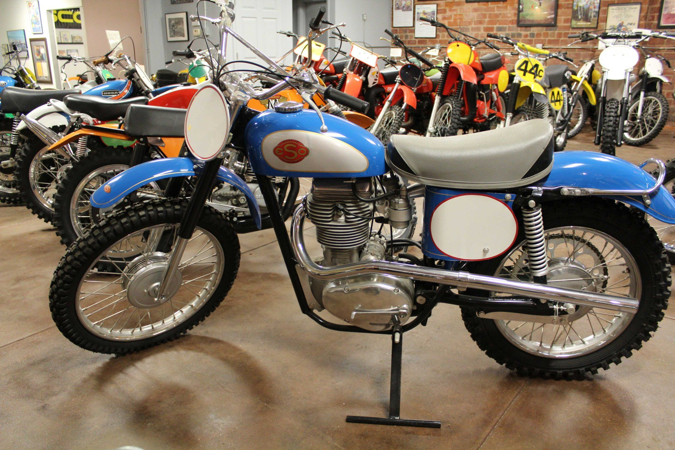 Eso Motorcycle Motorcycle manufacturers, Classic
