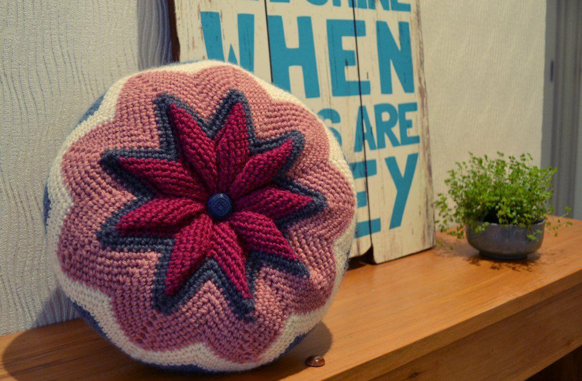 Zig zag crochet cushion