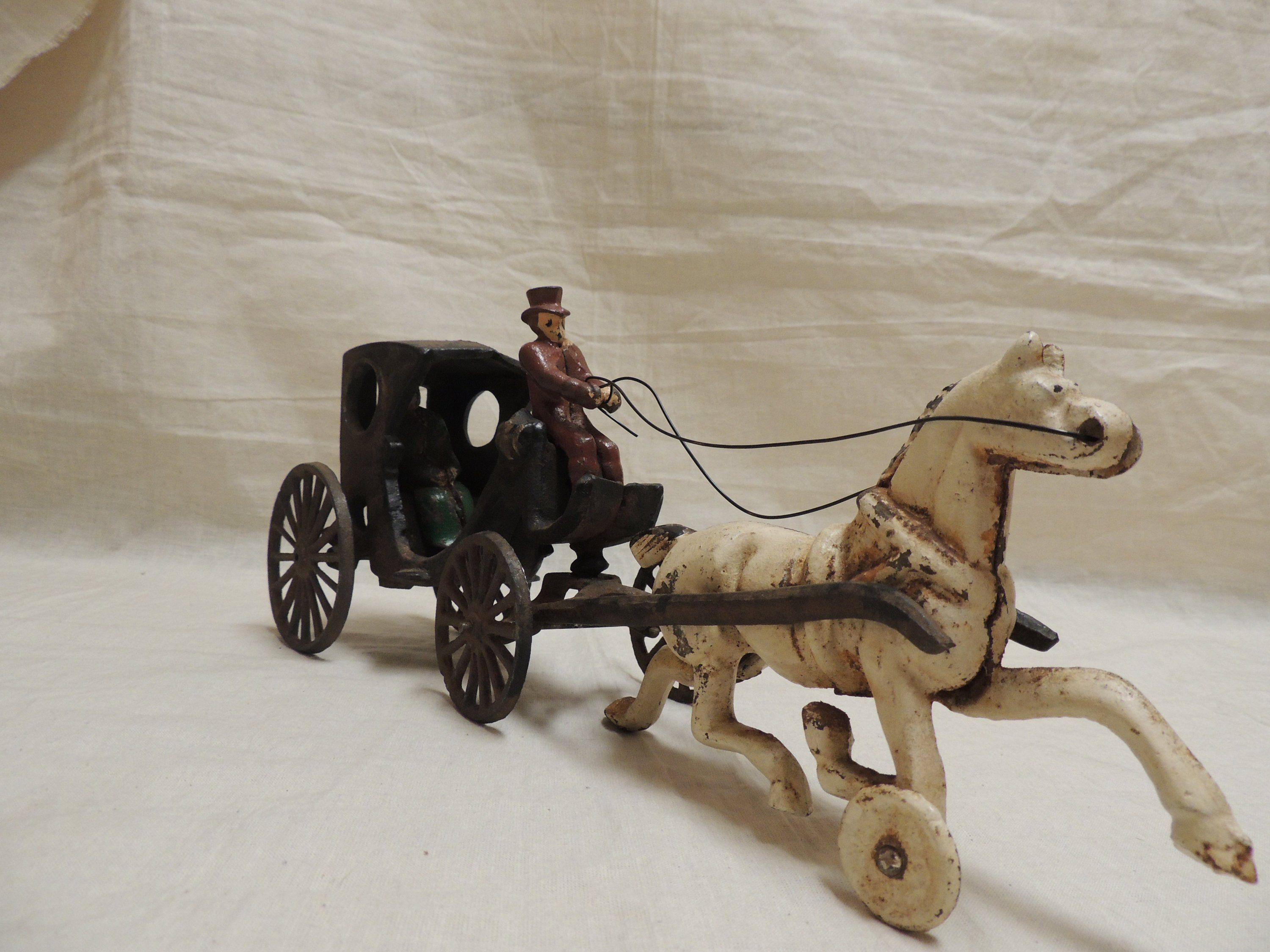 Hand Carved Bone Horse And Old Style Carriage Set Animals Collectibles Roomburgh Nl