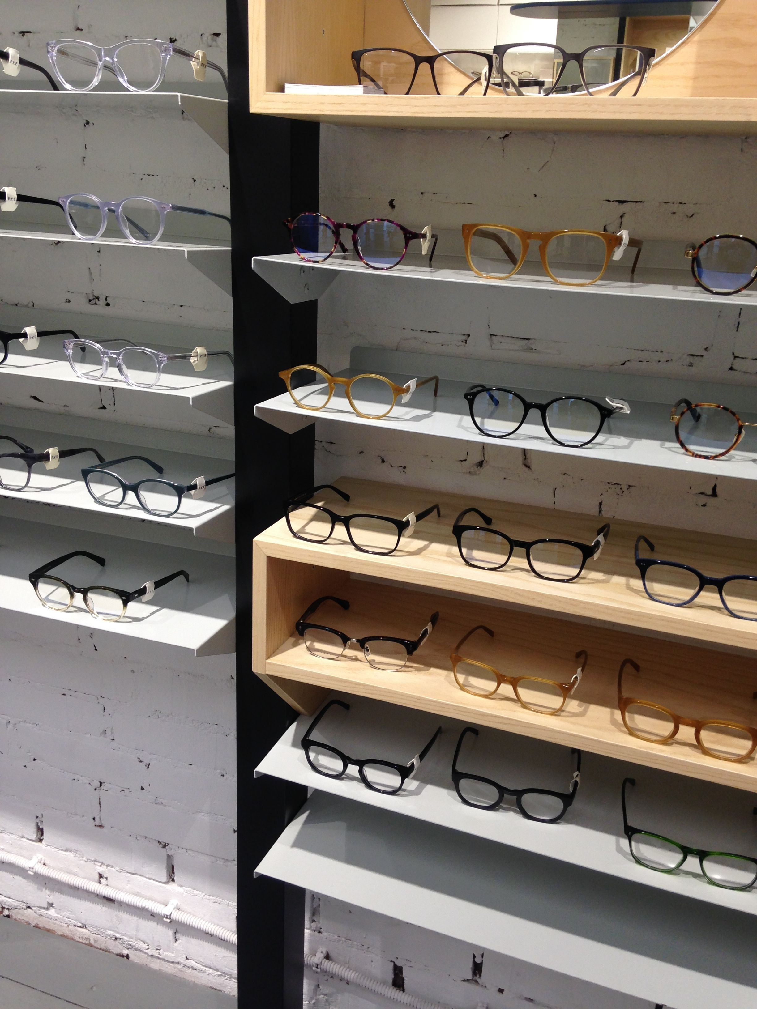 Milan Lunetier Pin By Marina Kazakova On Store Equipment In 2019 Magasin Opticien