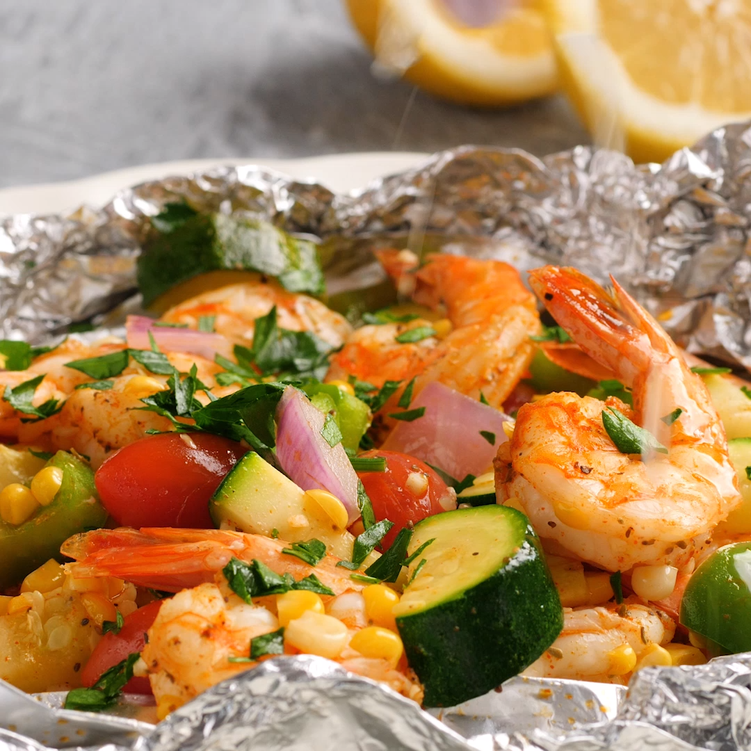 Shrimp and Summer Veggie Foil Packs images