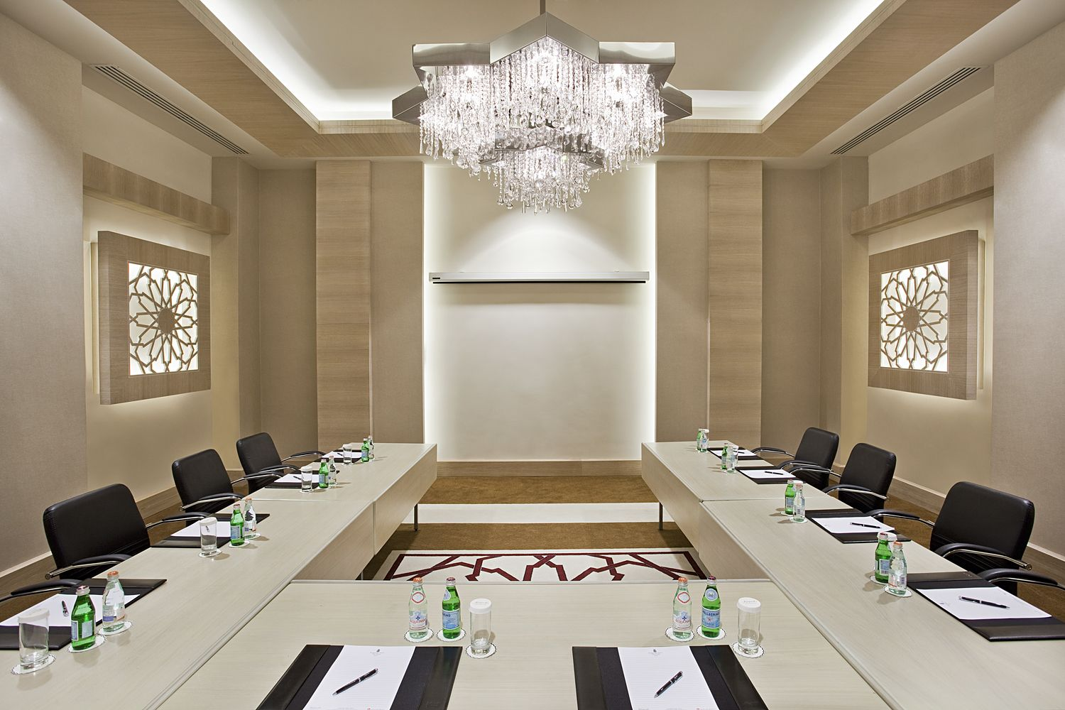 Conference rooms in kempinski hotel the dome meeting rm - Kempinski head office geneva ...