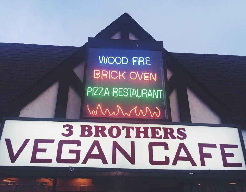 3 Brothers Vegan Cafe Is Long Island S Only Vegan Restaurant That Offers Fresh Italian Animal Free Dishes Served In A Casua Vegan Cafe Vegan Restaurants Vegan