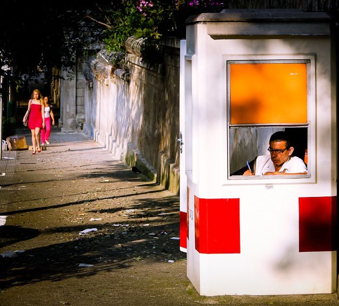..bus stop... - Street Photography