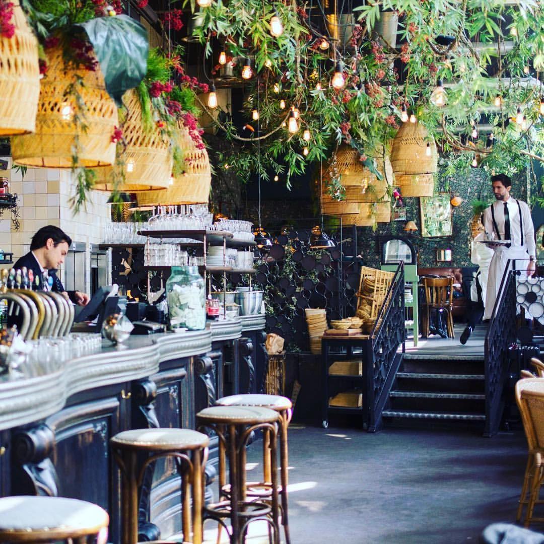 Le brebant brasserie design terrasse 32 bd de for Terrasse et cie paris 18