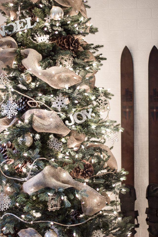 How To Put Ribbon Garland On A Christmas Tree Hunker Ribbon On Christmas Tree Christmas Tree Inspiration Christmas Garland
