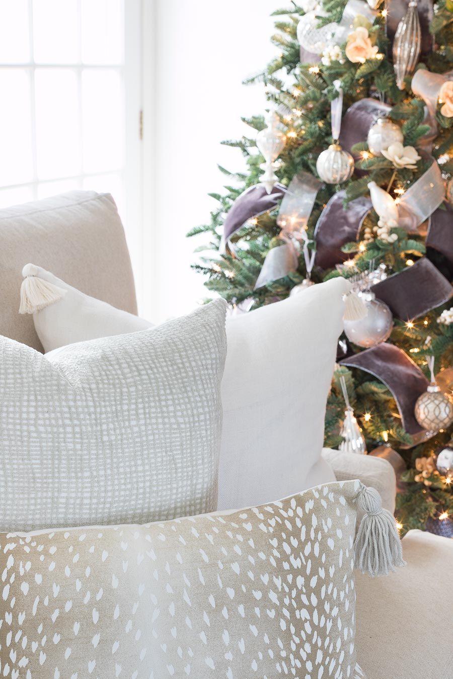 our 2018 christmas home pillows fabrics pinterest christmas rh pinterest com