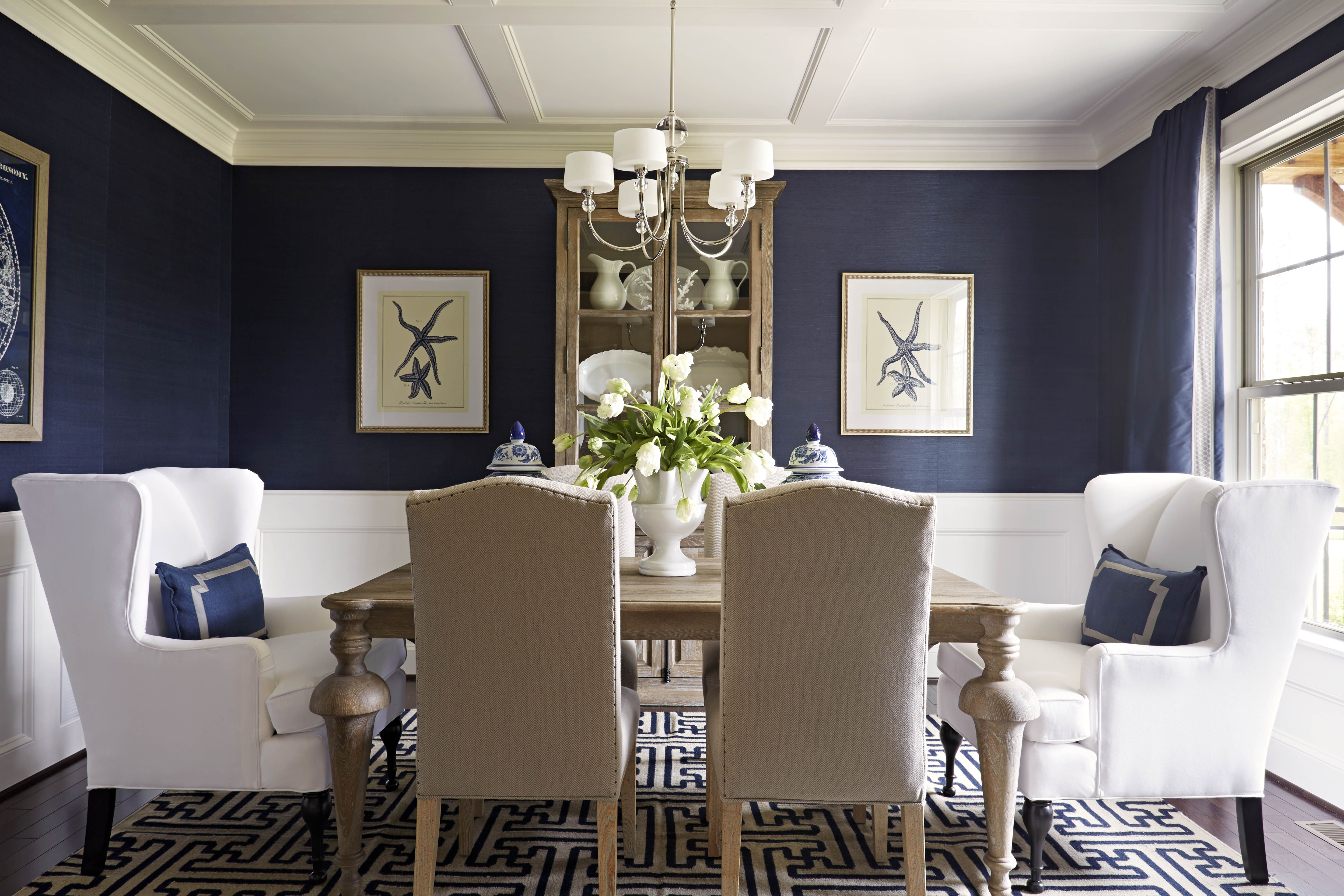 Add touches of glamour to your dining