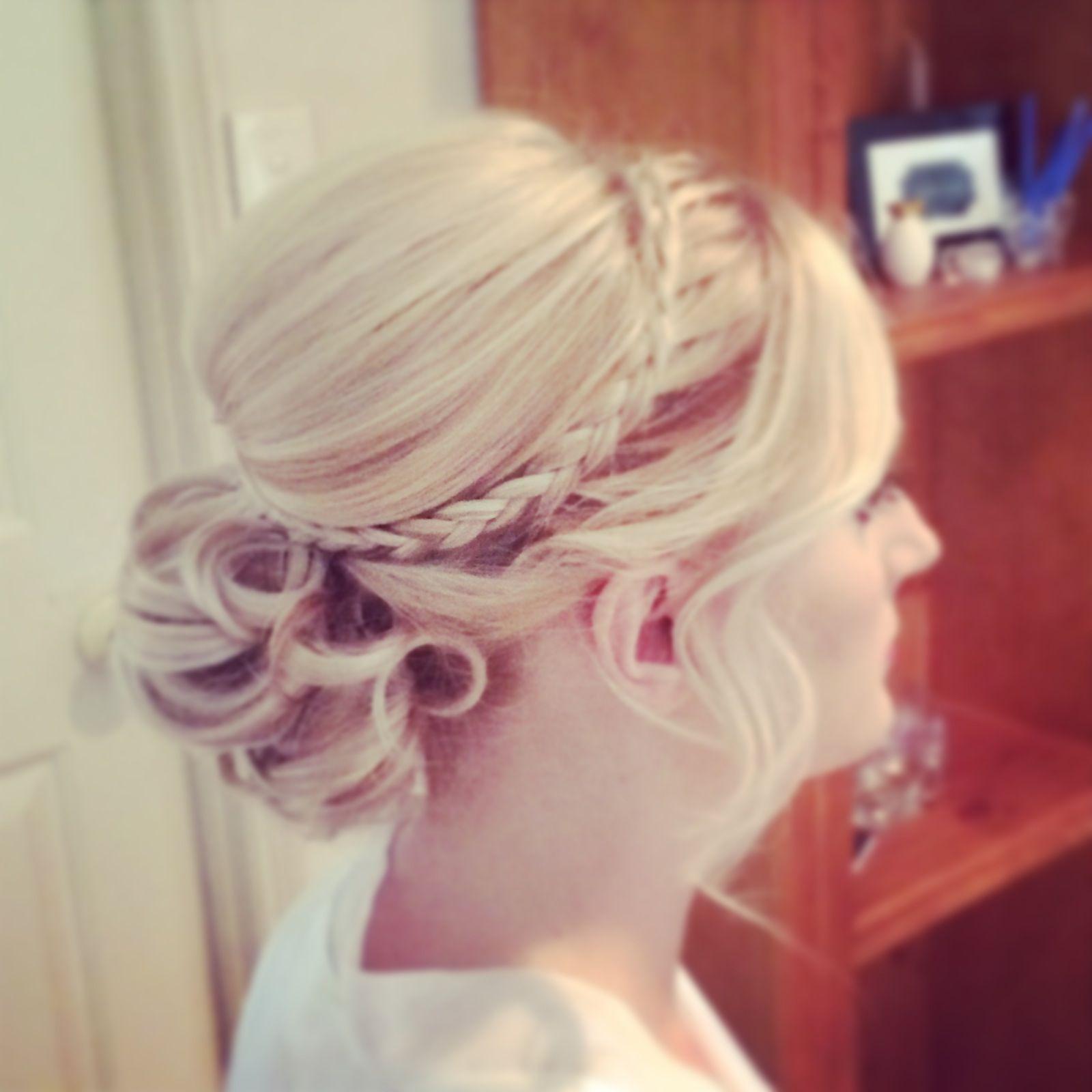 harpier Mobile Hair & Makeup Stylists Brisbane, Gold