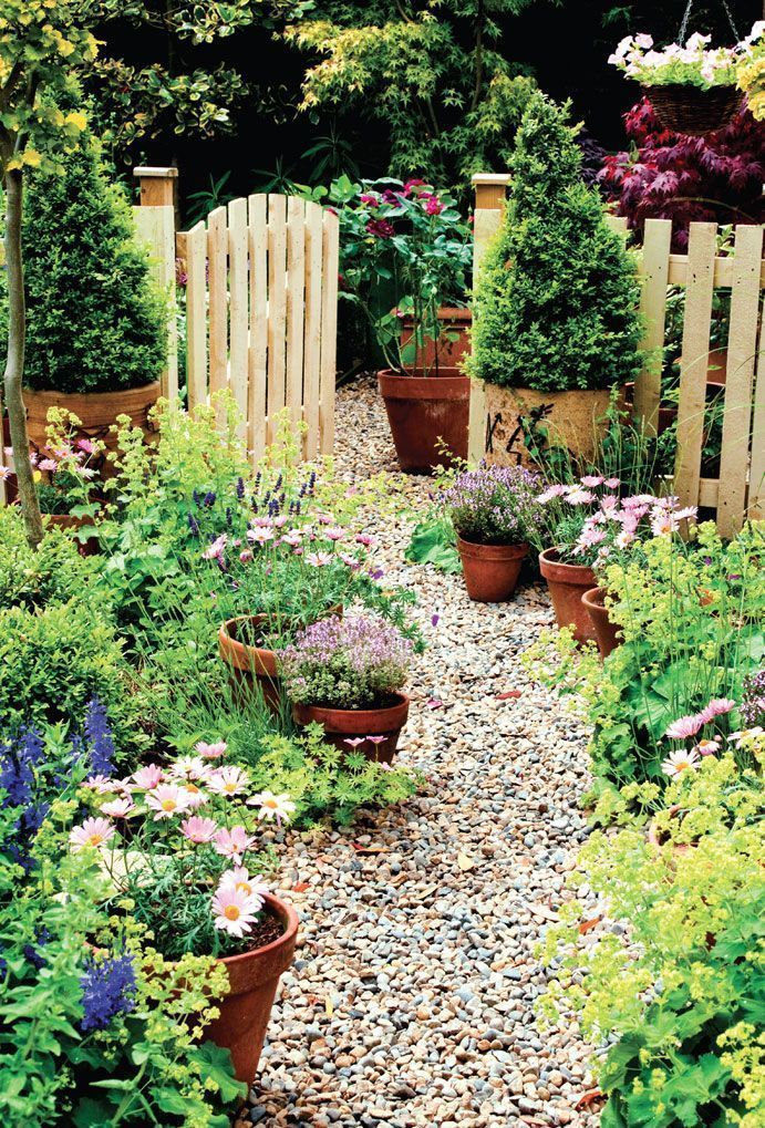 English Cottage Garden - Container Gardening - Rustic Style garden ...