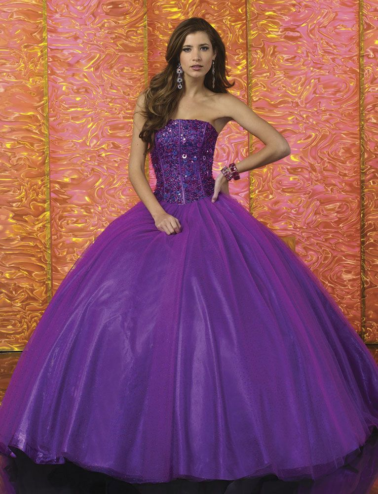 I love this purple ball gown!