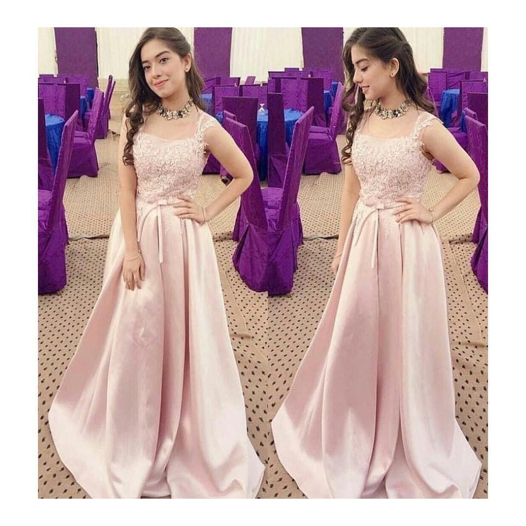 No more a star kid arisha is looking beautiful young princess in