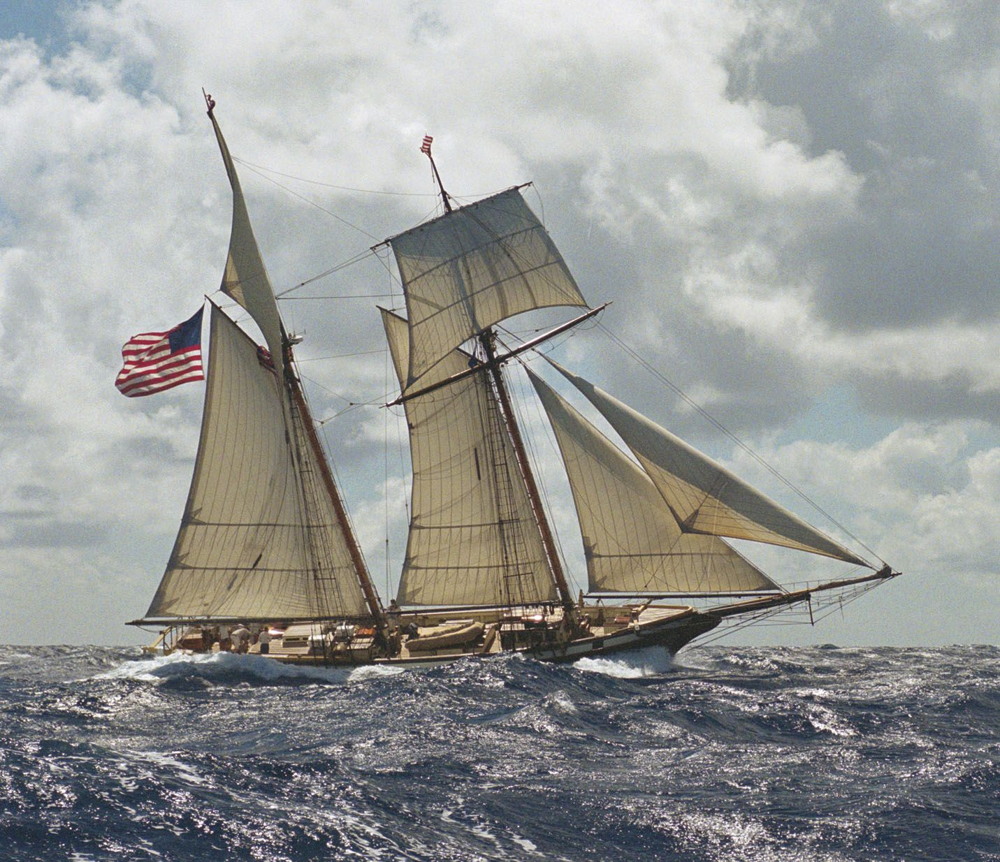 """Privateer schooner """"Lynx"""" with a fresh breeze.Replica of a vessel from War of 1812 (which became HMS Mosquidobit on her 2nd voyage) Built 2001,based in California,100t."""
