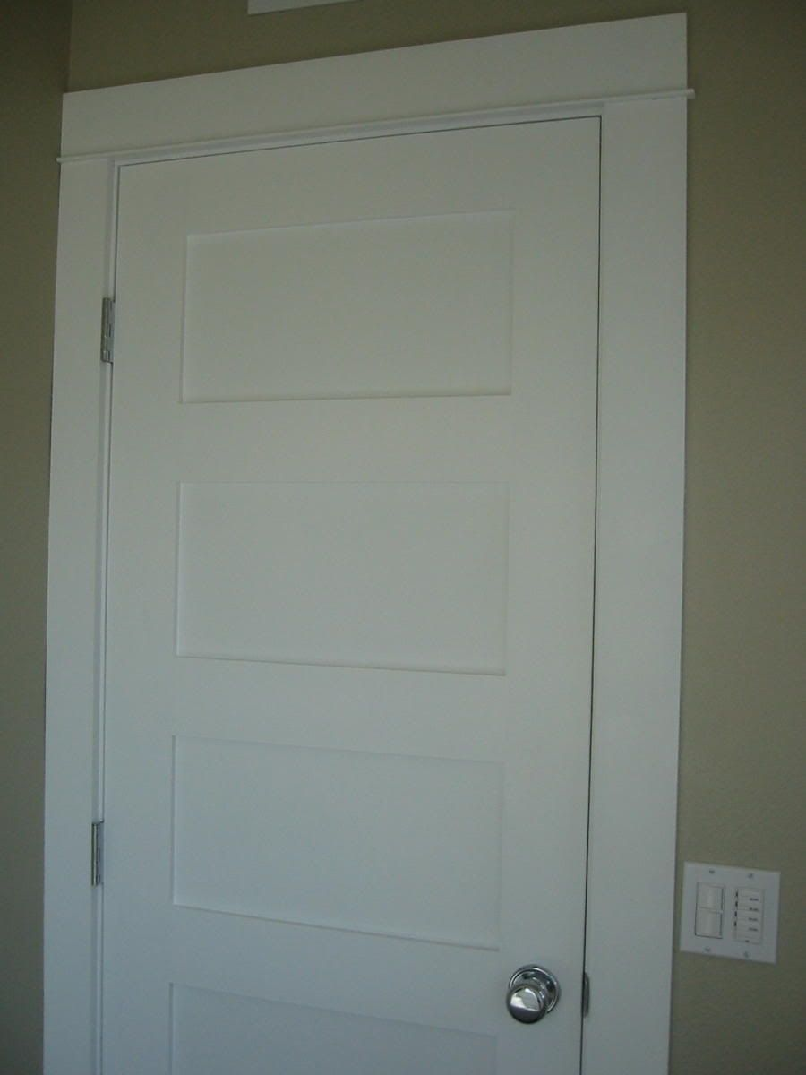 Get Rid Of Our Yucky Tile And Put Craftsmanesque Door Frame Around Door