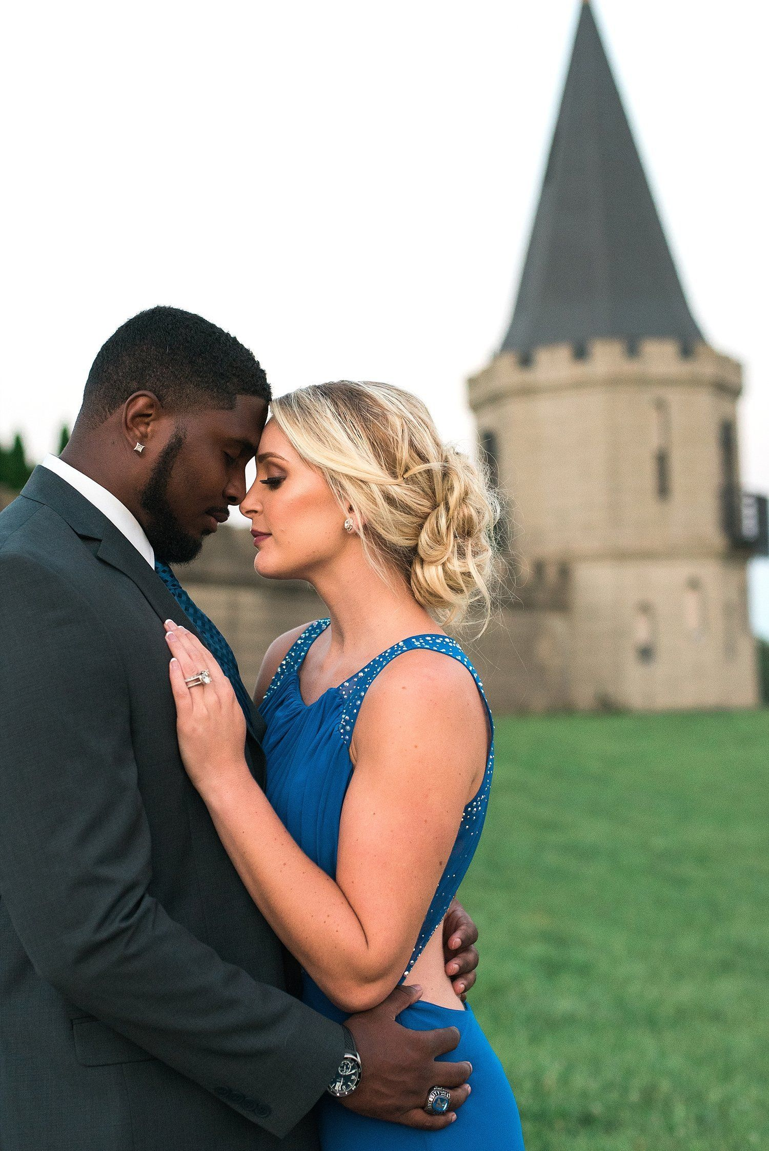 For interracial couples, growing acceptance, with some exceptions