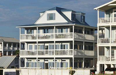 Grayton Beach House Rental Margaritaville Gulf Front Sleeps 28 Beach Vacation Rentals Vacation Rental Vacation