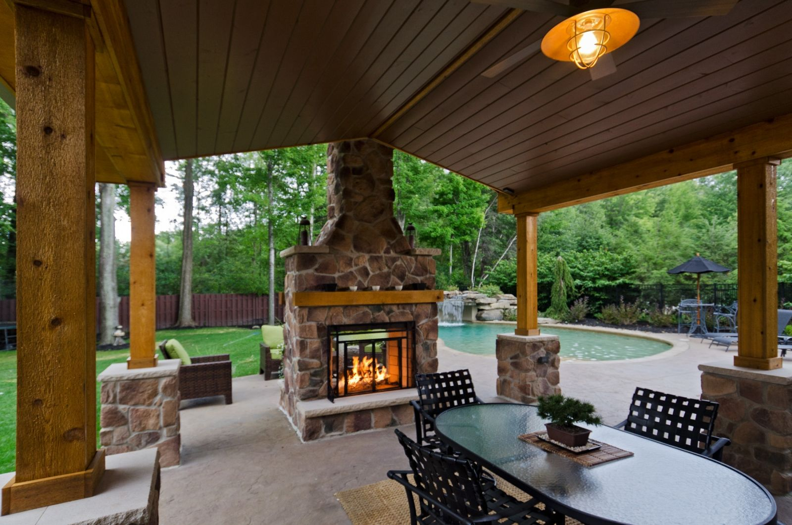 backyard 5 beautiful high ceiling and chimney fire place real home rh pinterest com