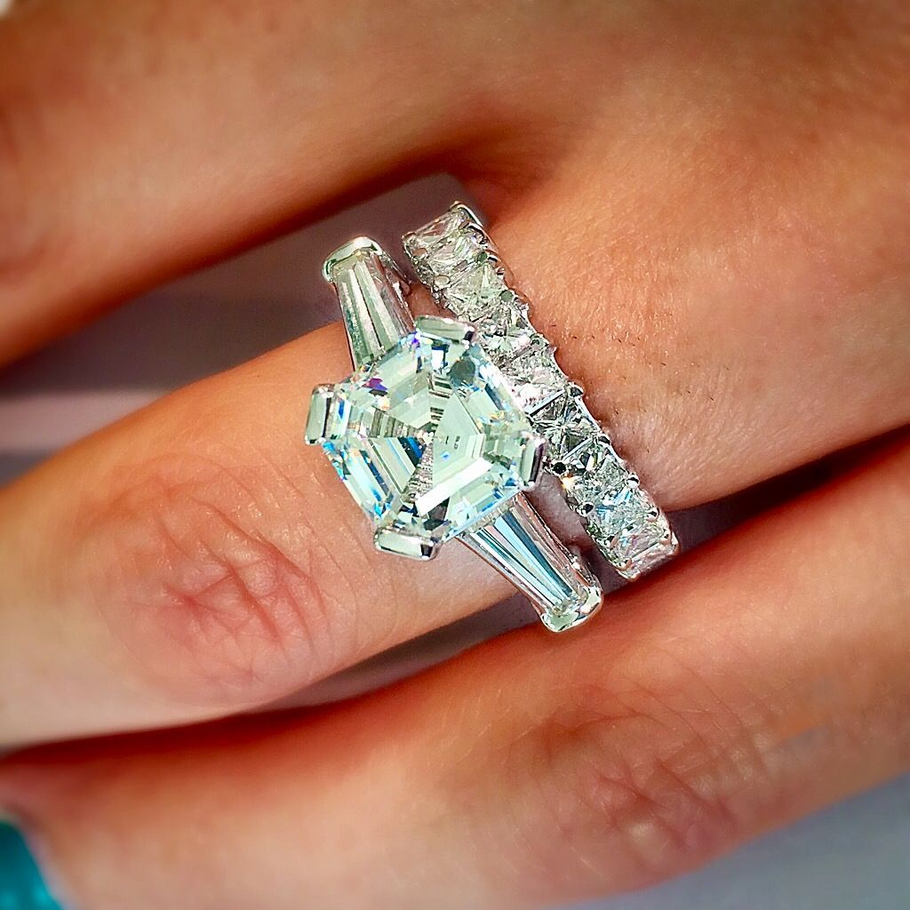 Excellent Another timeless classic wedding set. Custom engagement ring with  DM61