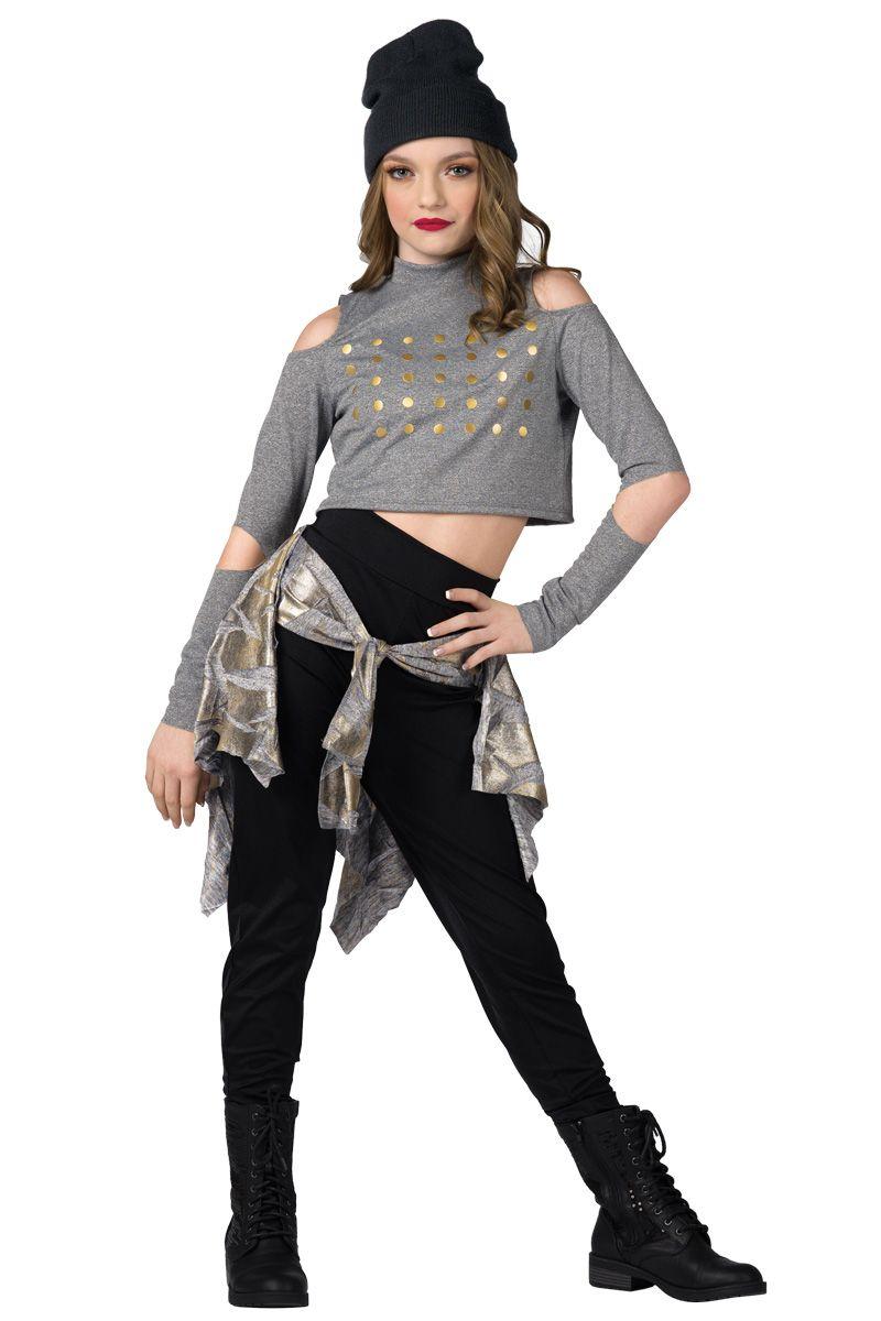 Hip Hop Style For Thing 1 And Thing 2 Moda Feminina Moda Figurino