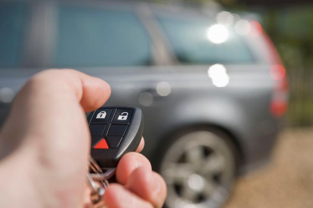 Why Your Car Key Remote Isn T Working In 2021 Car Key Fob Car Alarm Car Hacks