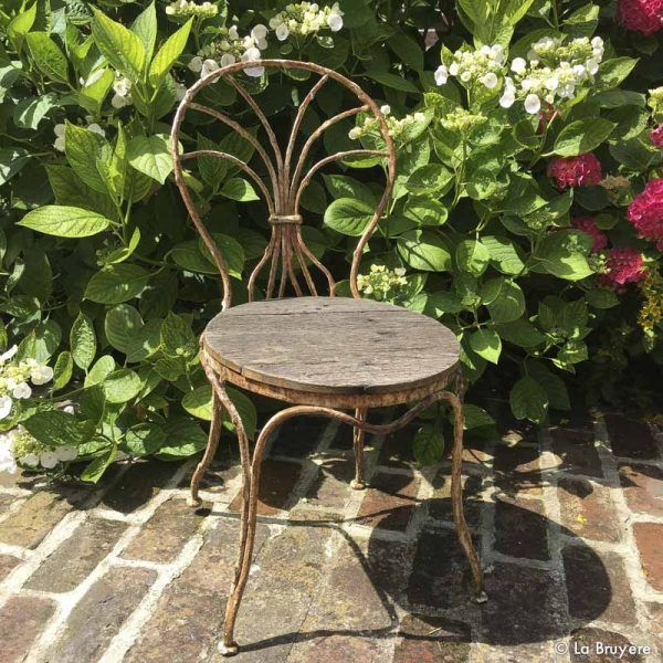 Chaise de jardin | Brocante de La Bruyère | Dining chairs, Chair et ...