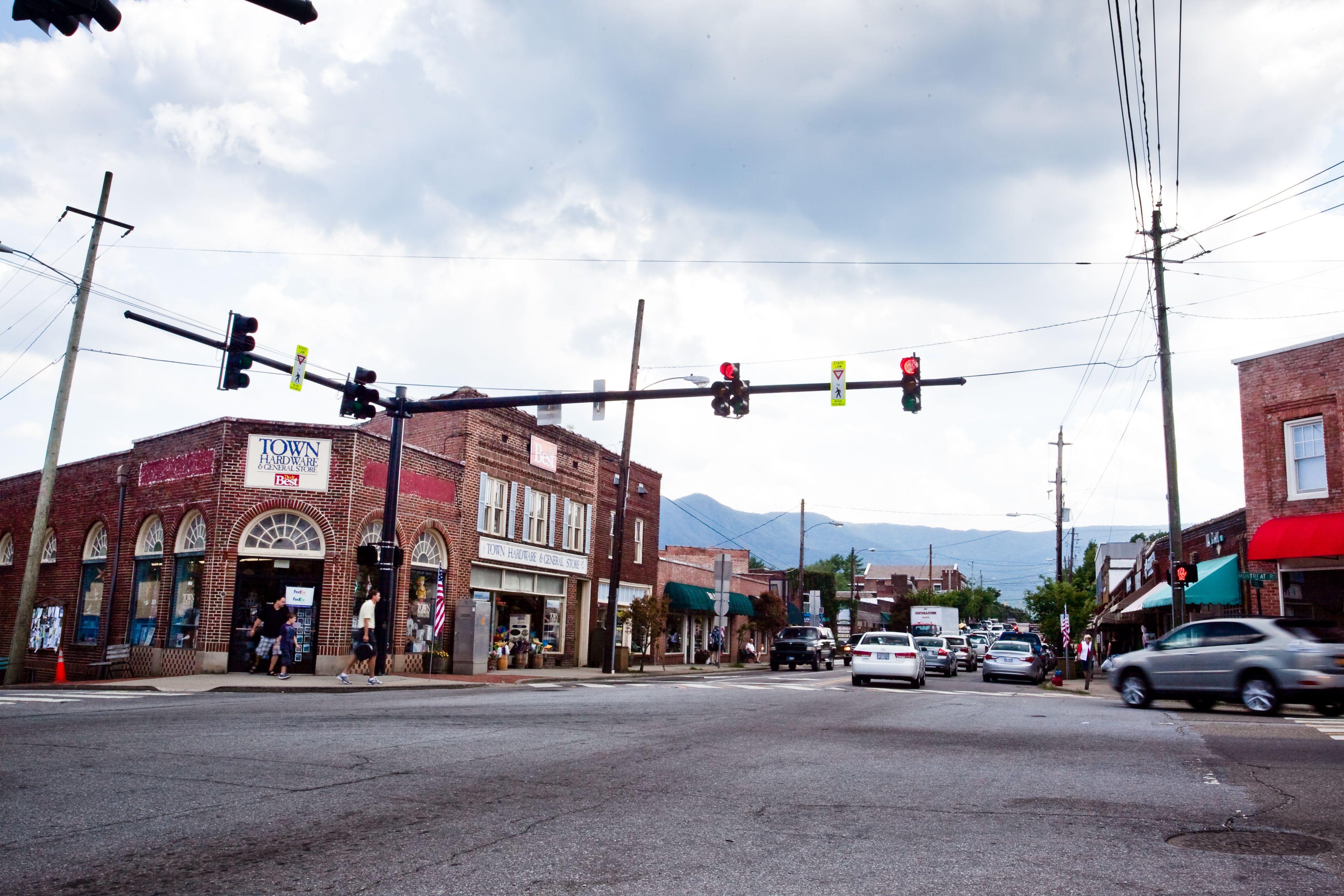 downtown black mountain nc around town black mountain montreat rh pinterest com