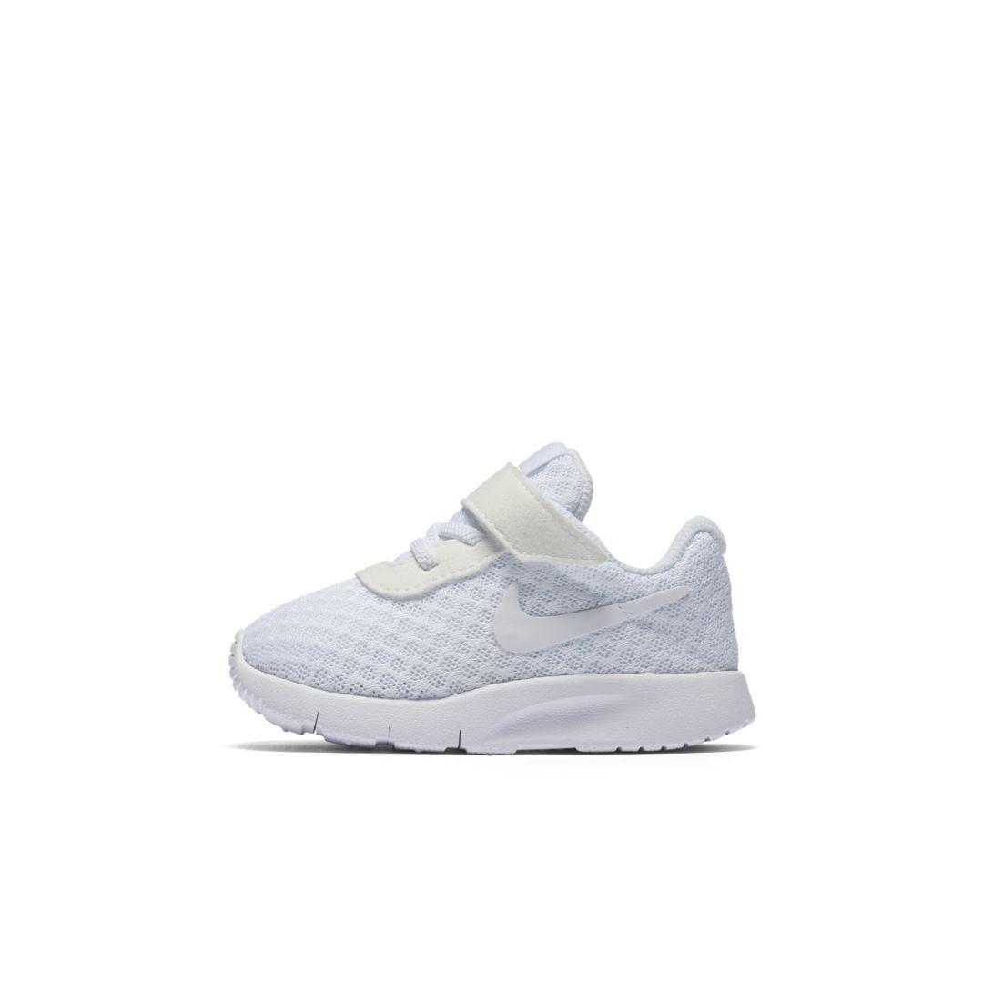 Nike Tanjun (2c 10c) InfantToddler Shoe.