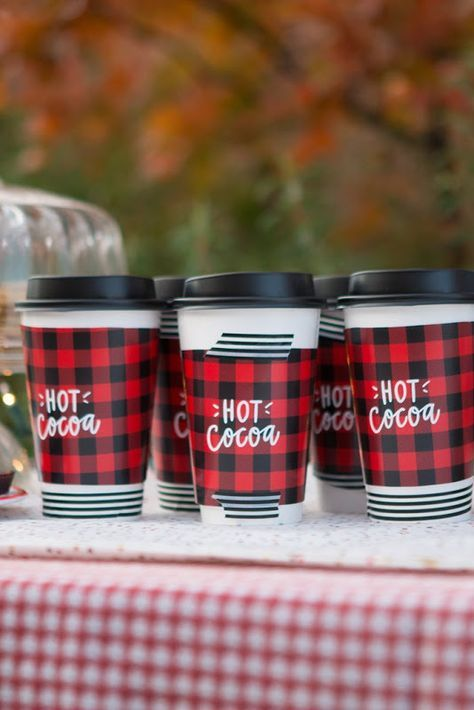 Hot Chocolate Christmas Party + Free printables! Birthday party
