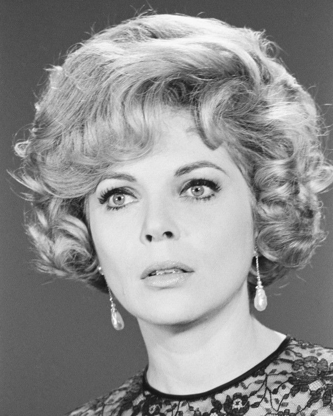 Mission: Impossible Barbara Bain Hanging Pearl Earrings In