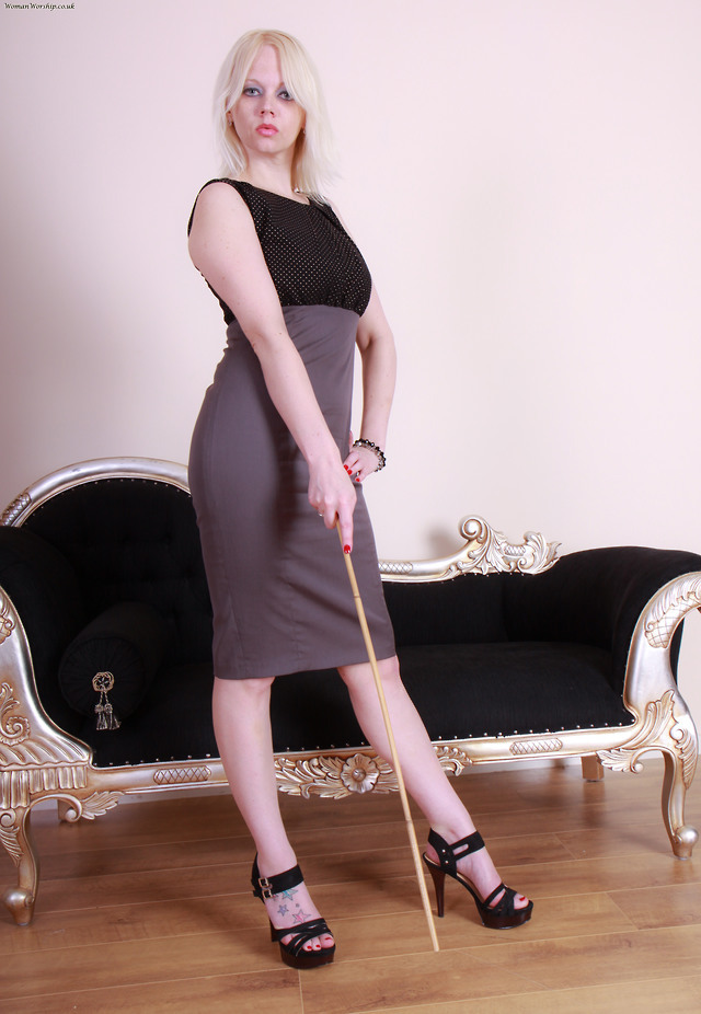 Strict Ladies! | Dresses for work, Bodycon dress