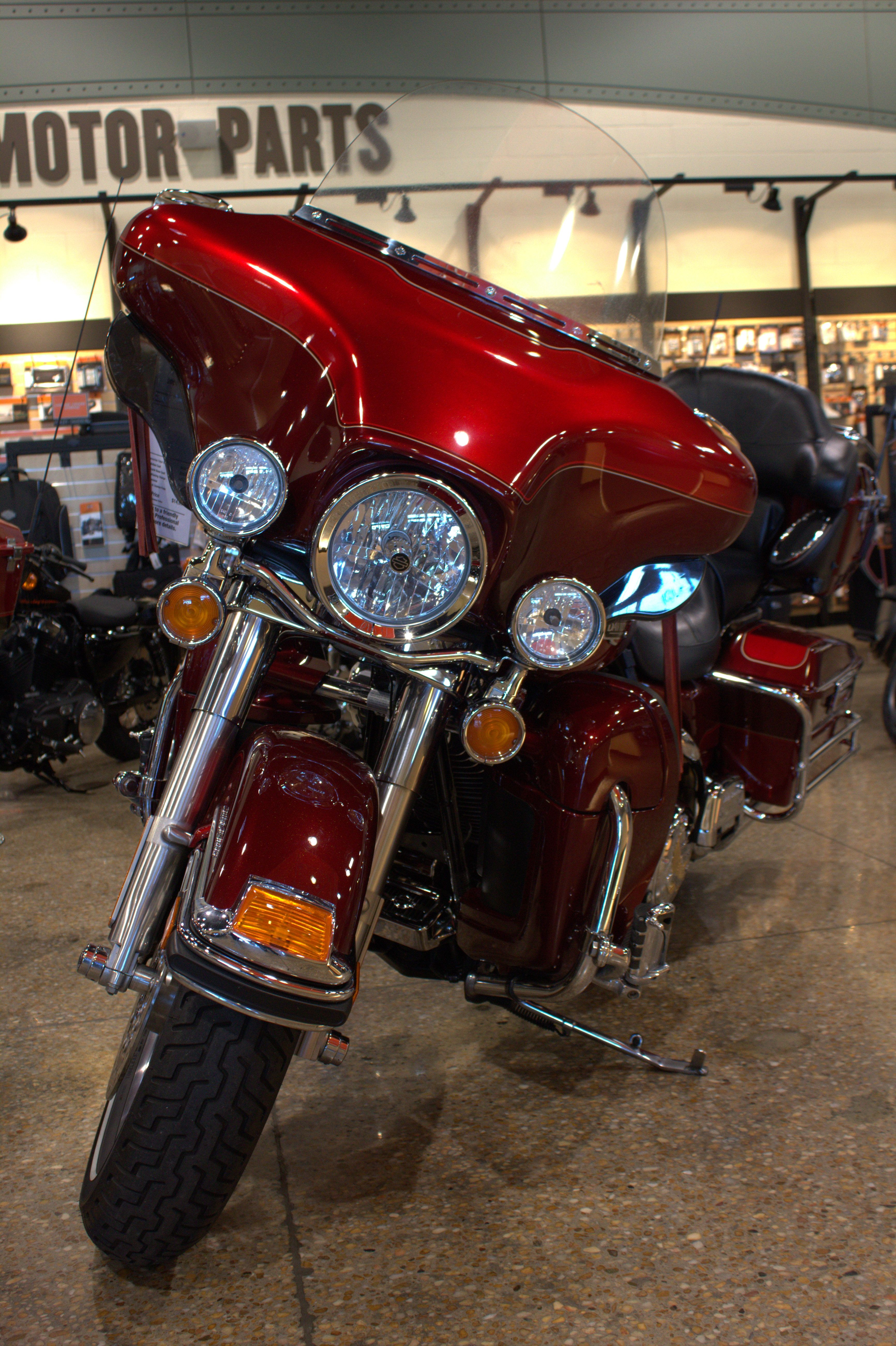 2008 Flhtcu In Crimson Red Sunglo Red Hot Sunglo This Baby Comes With Stage 1 Rinehart Pipes Headl Harley Davidson Electra Glide Trim Ring Harley Davidson [ 5202 x 3465 Pixel ]