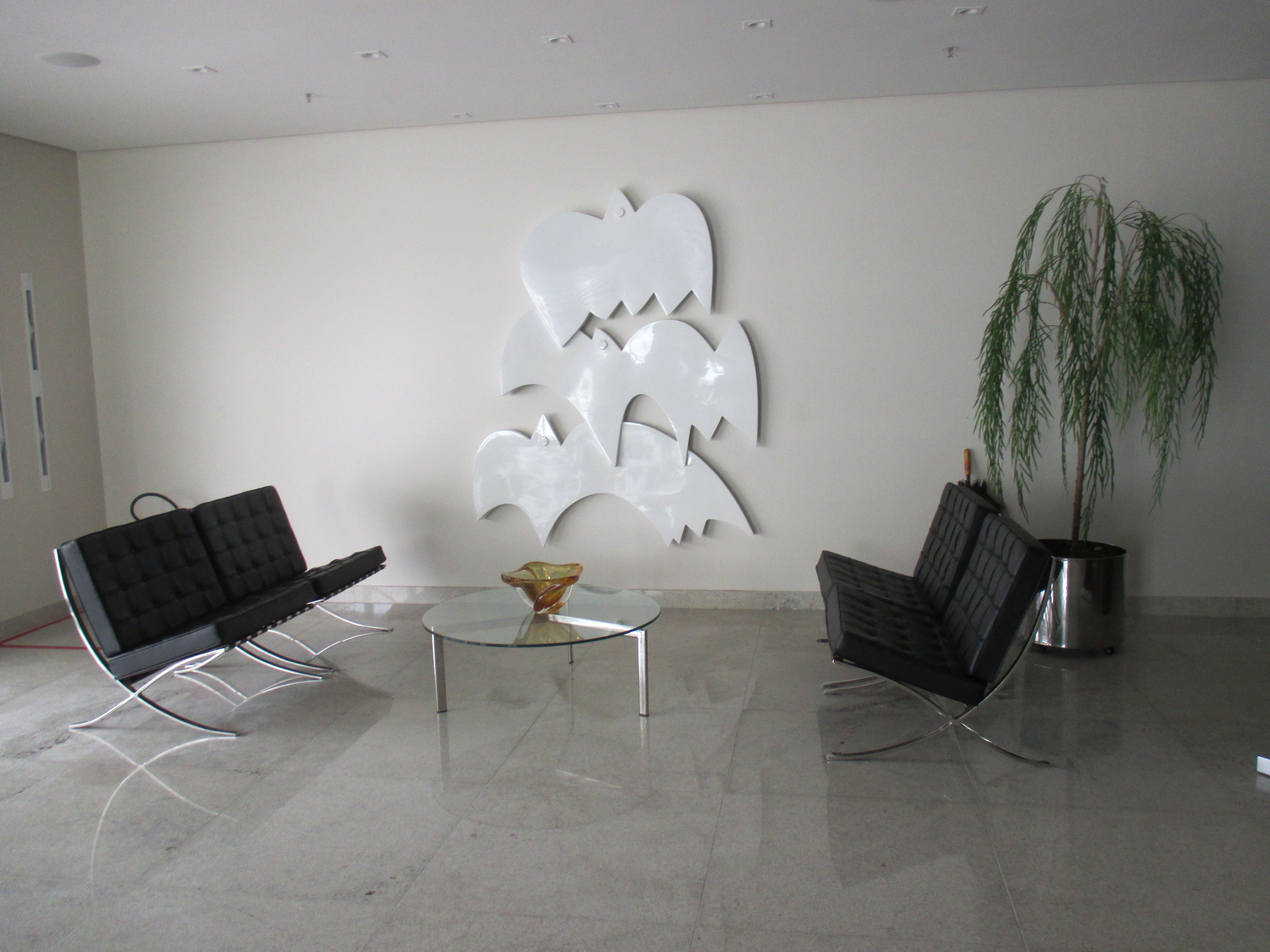 escultura de roberto cavalcanti no hall do hospital Jaime da Fonte. recife.pe