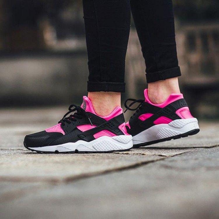 Nike Air Huarache Black Pink Womens