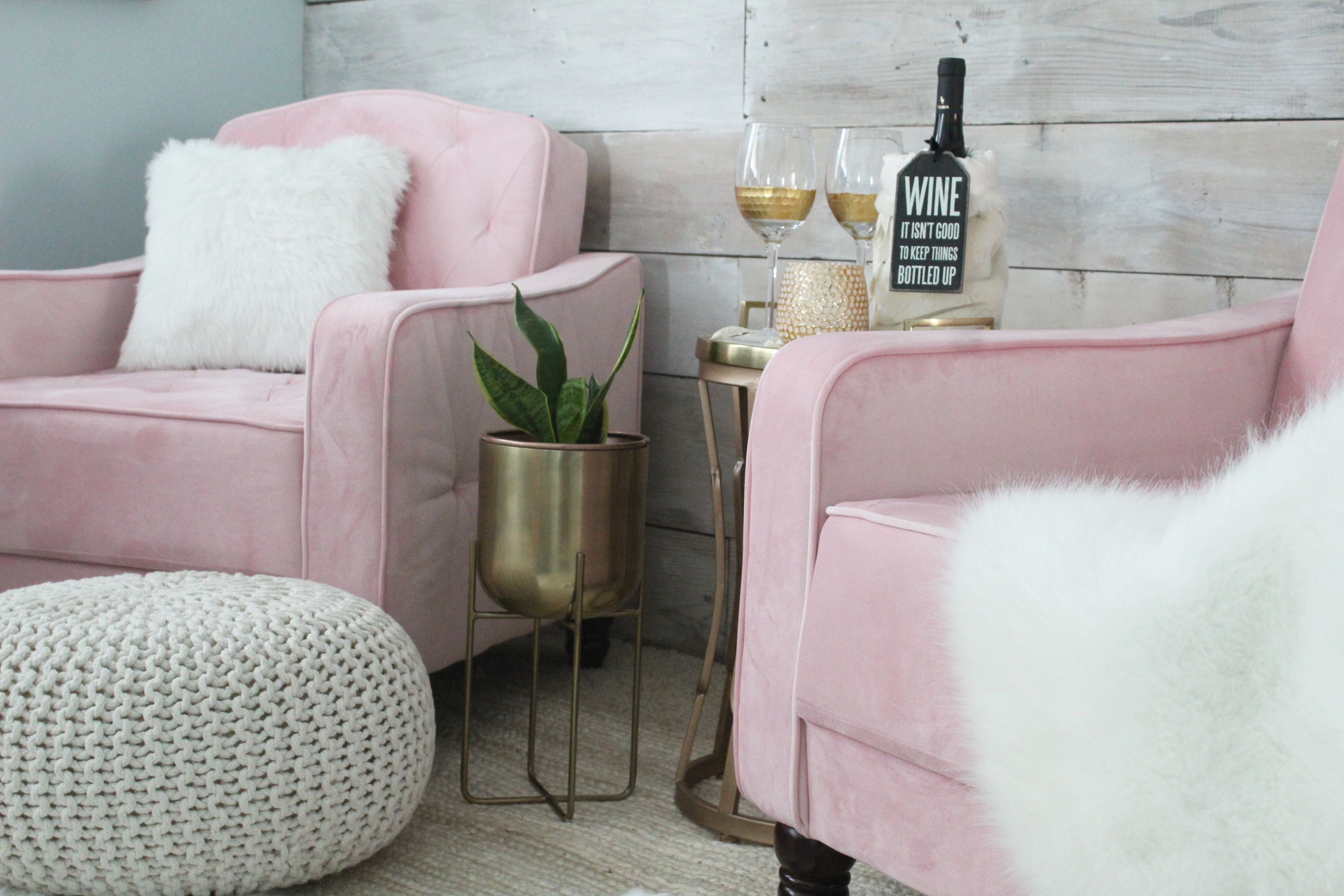 make me blush chairs in the perfect shade of pink bedroom inspo rh pinterest com