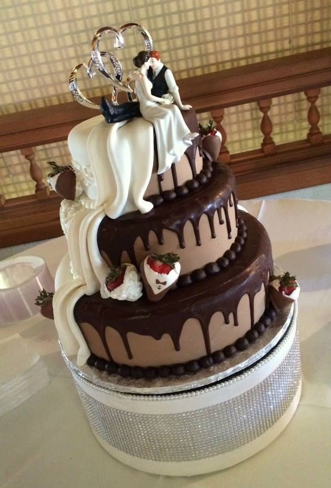 wedding cakes los angeles prices%0A Three Tier Half Vanilla  Half Chocolate Wedding Cake by Tasty Layers Custom  Cakes