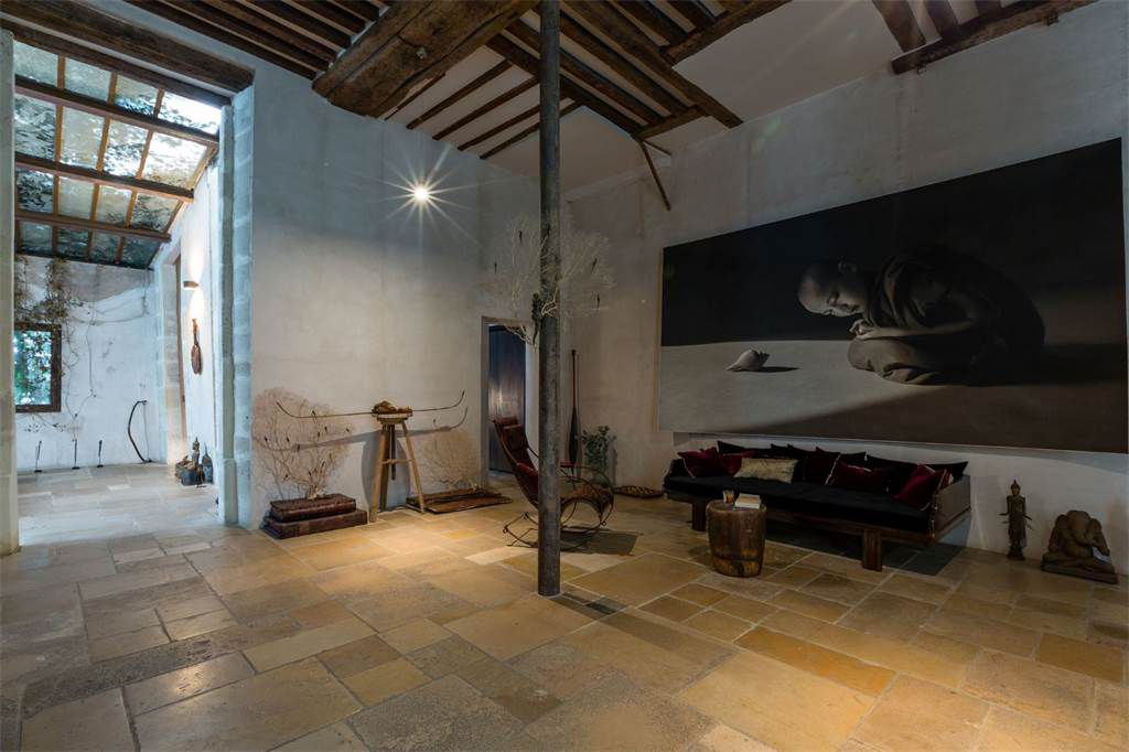 artist s loft with historic bones hits the market in paris for u20ac8 9m rh pinterest at