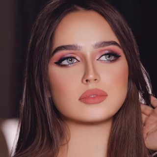 Repost Nora1352 مسا الخير انتظروه يوتيوب بتصوير الفنان Haisam Lahham العدسه كلاود لنس Girl Eye Makeup Beautiful Makeup Beautiful Girl Face