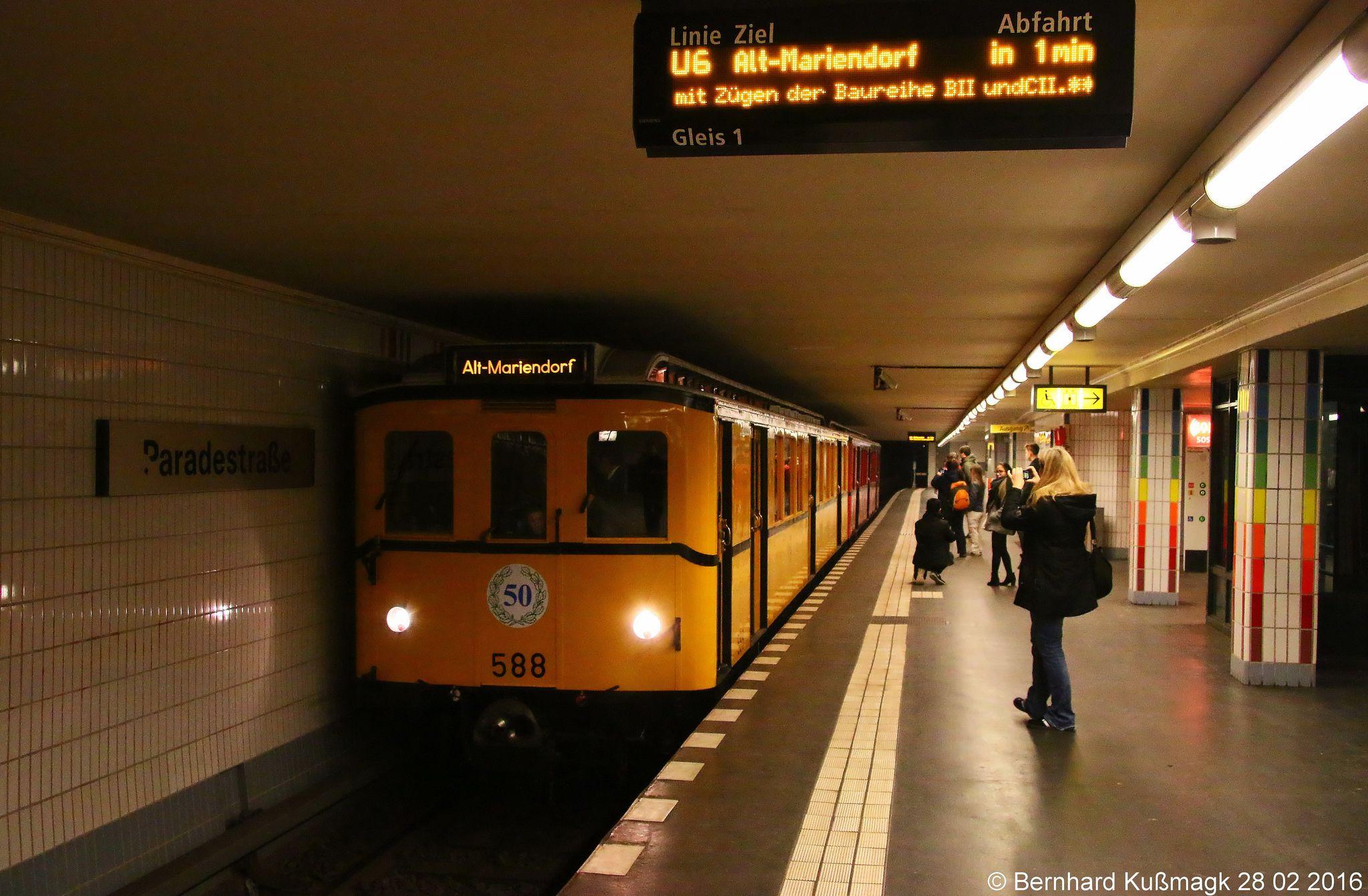 Europa Deutschland Berlin Tempelhof U Bahnhof Paradestrasse U Bahn Linie U6 Underground Subway Berlin