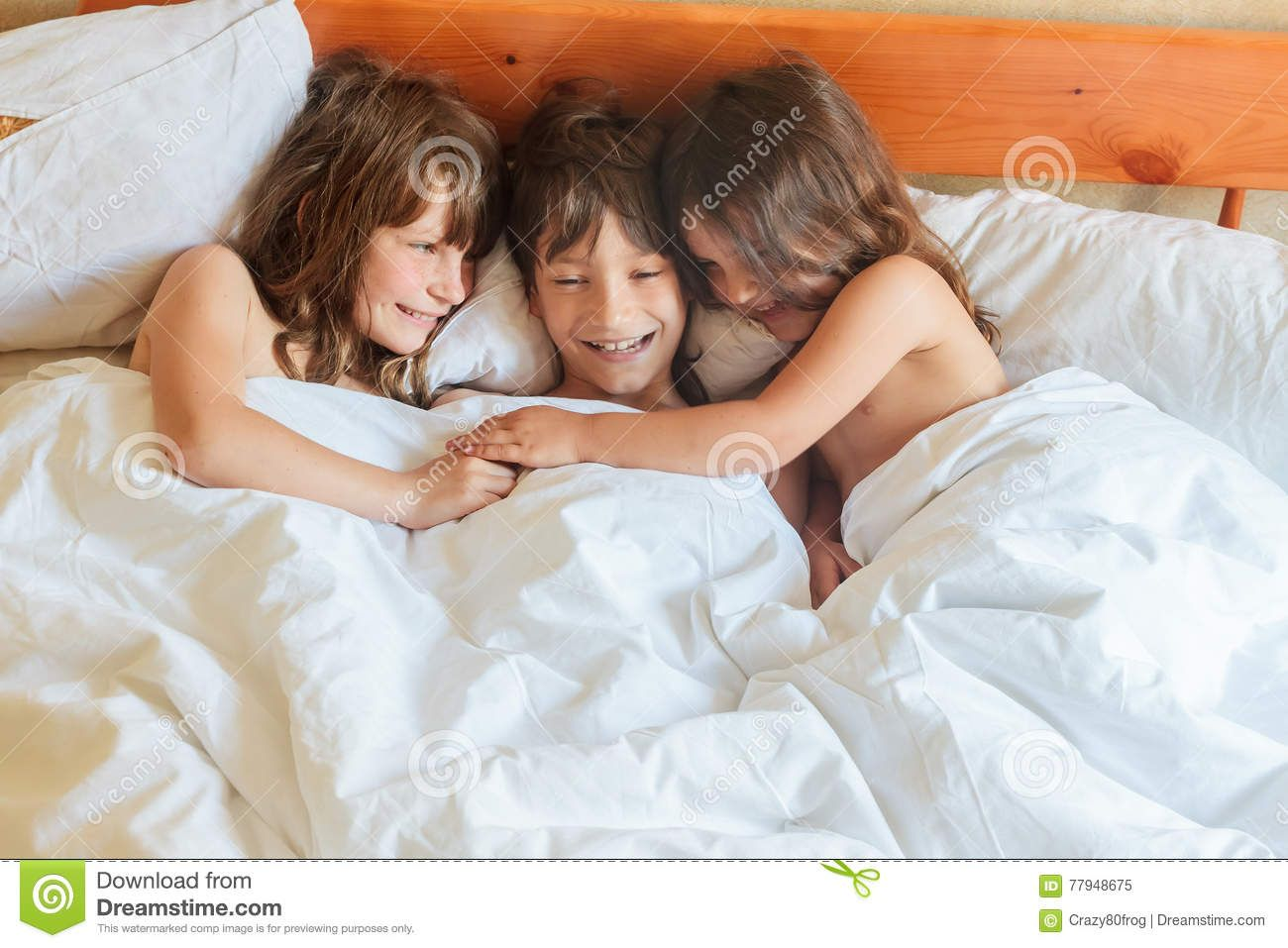 Pin By Joshua On Joshua Girl Sleeping Sleeping In Bed Kids Boys