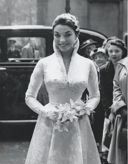 Photo of Joan Collins on her wedding day in Britain in 1952