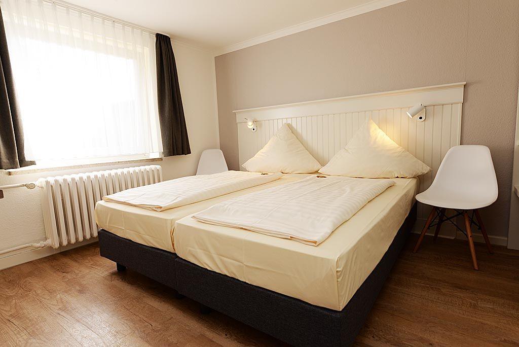 Pin von beadboardde  Landhaus Wandverkleidungen auf beadboardde  Schlafzimmer